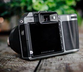 กล้อง Mirorrless Medium Format ตัวแรกของโลก