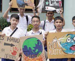 """กรรมการนักเรียนร่วมกิจกรรม """"GLOBAL CLIMATE STRIKE"""""""